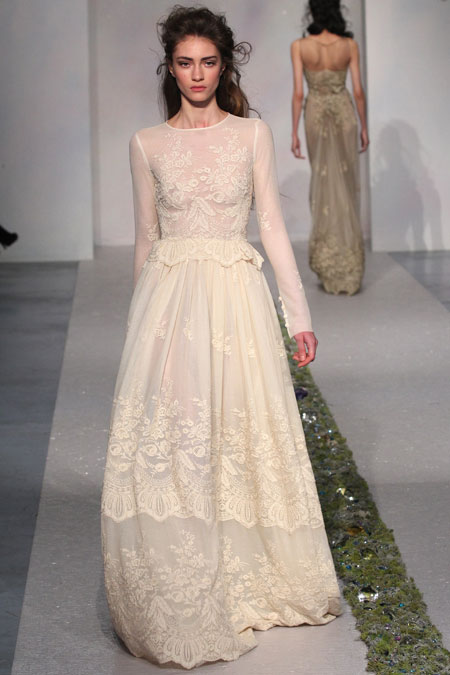 2014 - 2015 Wedding Dress Trends - Lace Sleeves 11