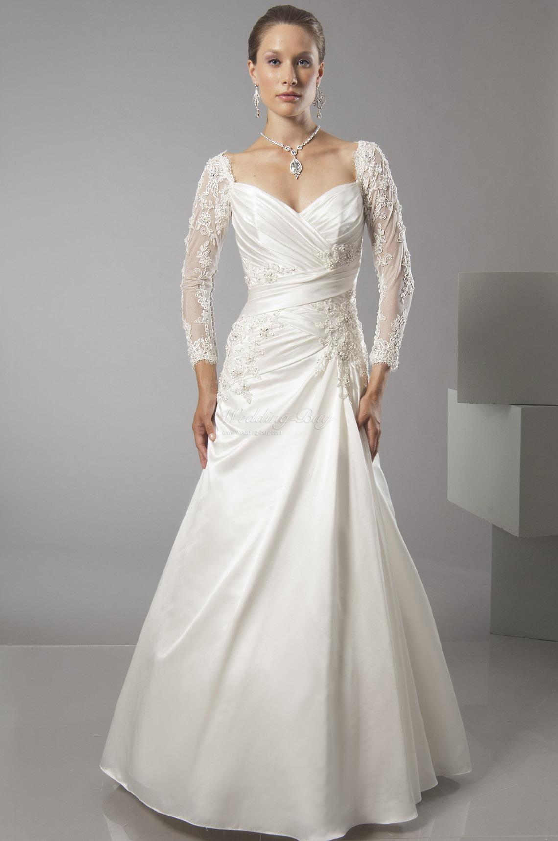 2014 2015 wedding dress trends lace sleeves dipped for Long sleeve dresses to wear to a wedding