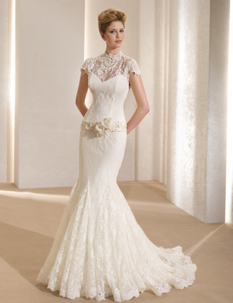 Photos Of Lace Wedding Gowns : Wedding dress trends lace sleeves dipped
