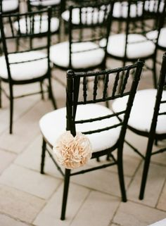 Black & White Wedding Theme Ideas 15