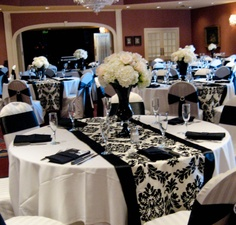 Black & White Wedding Theme Ideas 8