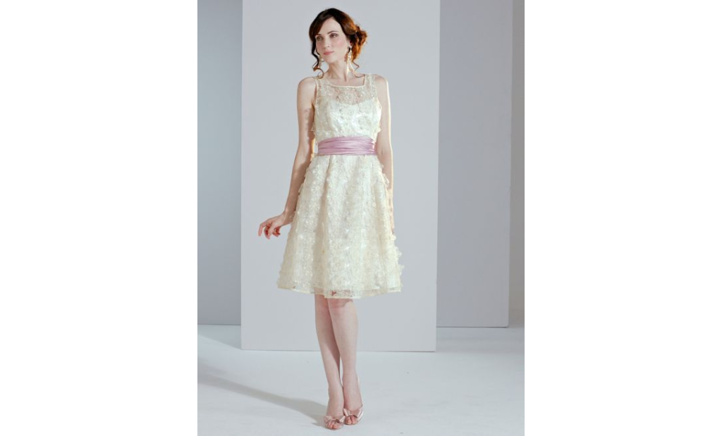10 Short Little White Dresses To Wear To Your Wedding Reception 2