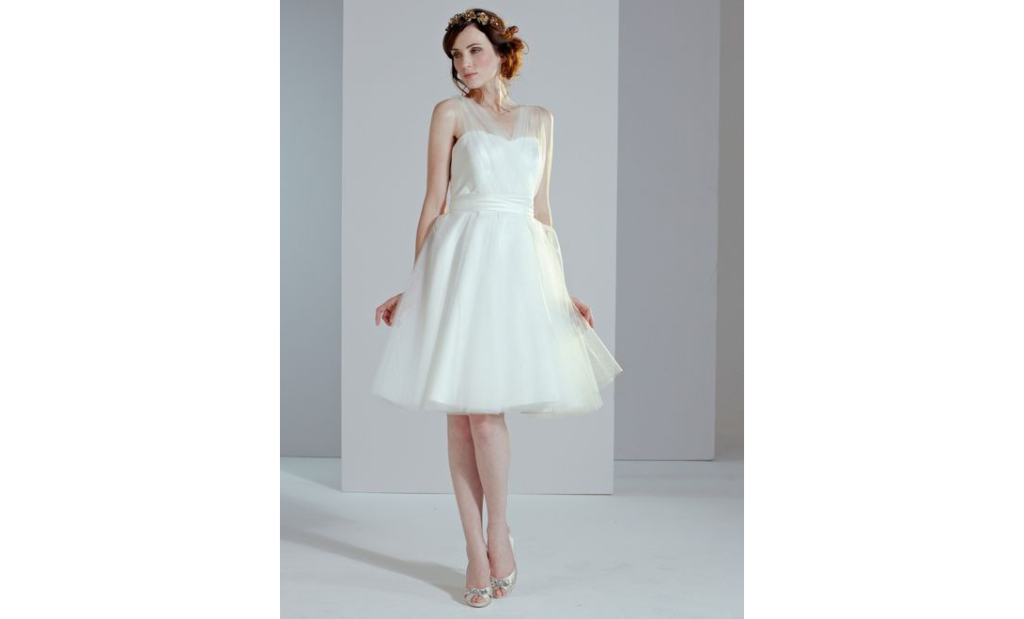 10 Short Little White Dresses To Wear To Your Wedding Reception 3
