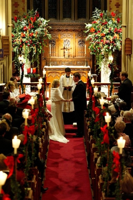 Christmas Wedding Theme Ideas 16