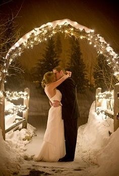 Christmas Wedding Theme Ideas 3