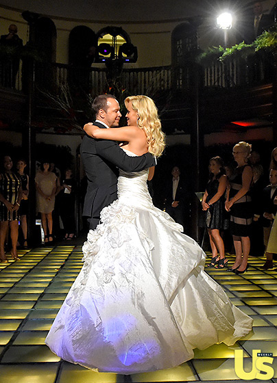 Jenny McCarthy Looks Like One Happy Bride, See Her Dress, Her Wedding Hairstyle & More 12
