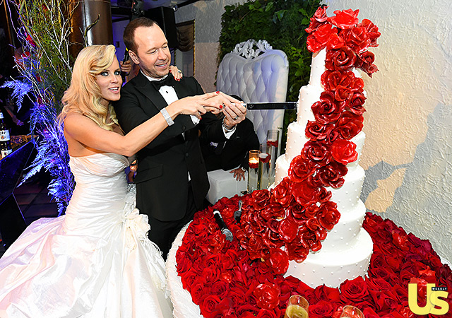 Jenny McCarthy Looks Like One Happy Bride, See Her Dress, Her Wedding Hairstyle & More 15