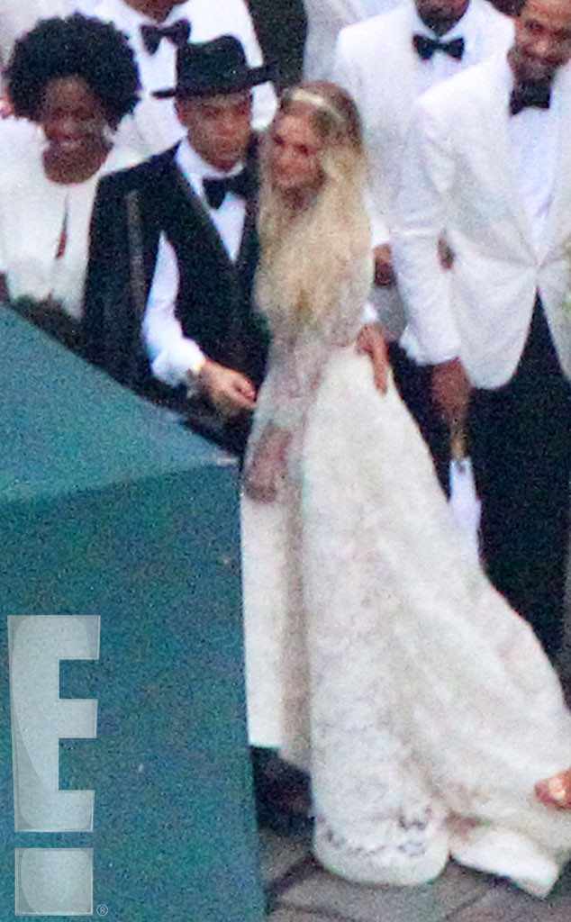 Pics From Ashlee Simpson Bohemian Wedding to Evan Ross ...