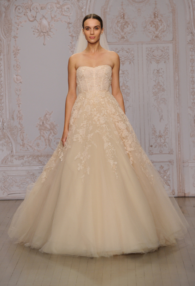 Monique Lhuillier Fall - Winter 2015-2016 Wedding Dress Collection 3