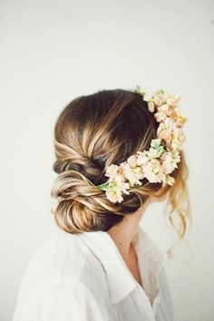 Beach Wedding Hairstyles 22