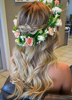 Beach Wedding Hairstyles 23