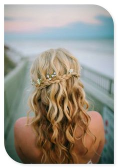 Beach Wedding Hairstyles 8