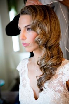 Retro Inspired Wedding Hairstyles 15