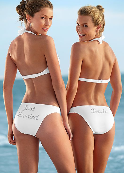 10 White Swimsuits Made for Your Honeymoon Getaway  10