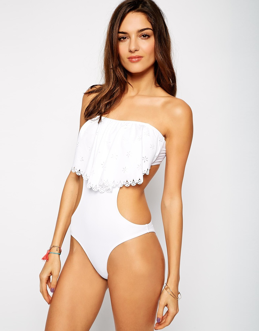 10 White Swimsuits Made for Your Honeymoon Getaway  4
