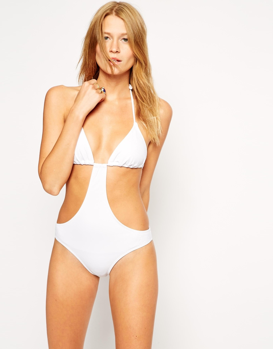 10 White Swimsuits Made for Your Honeymoon Getaway  5