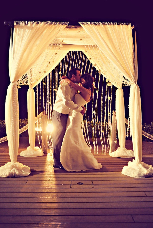 15 Breathtaking Wedding Arches & Backdrops Design Ideas That Will Leave You Breathless  17