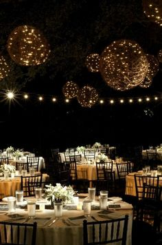 Outdoor Wedding Reception Ideas 13
