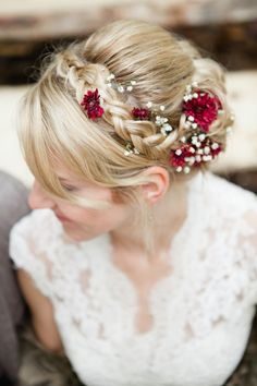 Wedding Hairstyles With Flowers 10