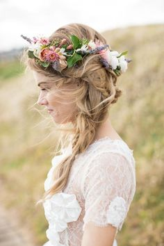 Wedding Hairstyles With Flowers 16