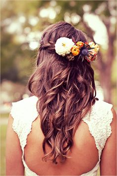 Wedding Hairstyles With Flowers 17