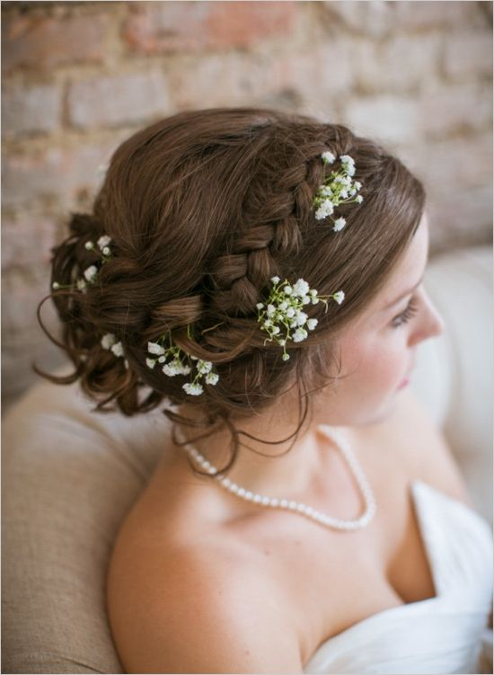 Wedding Hairstyles With Flowers 7