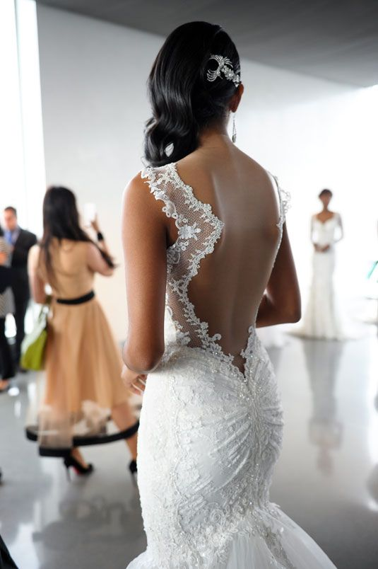 20 Backless Wedding Dresses That Will Make Jaws Drop 12