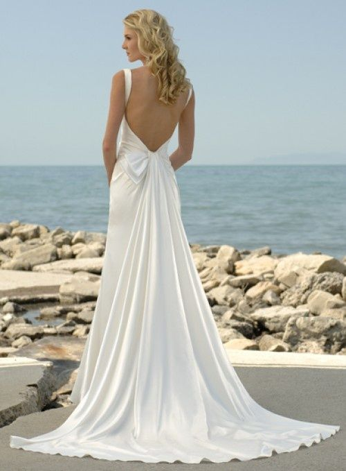 20 Backless Wedding Dresses That Will Make Jaws Drop 20
