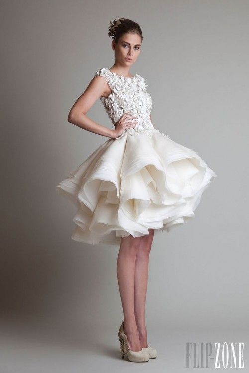 2016 Spring & Summer Wedding Dress Trends 16