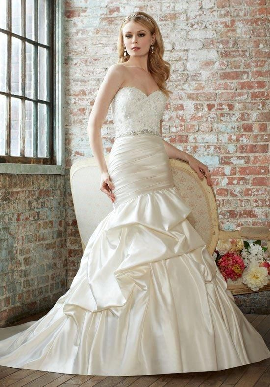 2016 Spring Summer Wedding Dress Trends 18