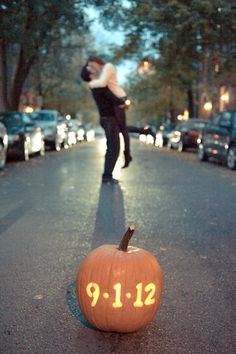 20 Fall Save The Date Ideas For Your Autumn Wedding 5