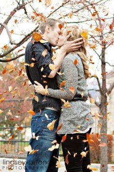 20 Fall Save The Date Ideas For Your Autumn Wedding 9