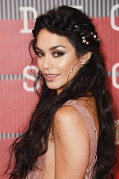 2016 Wedding Hairstyles Inspired by Celebrities 13