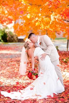25 Fall Wedding Ideas For Your Autumn Wedding 13
