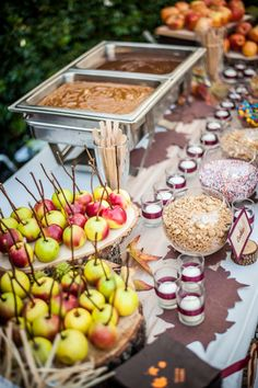 25 Fall Wedding Ideas For Your Autumn Wedding 5