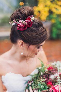Fall Wedding Hairstyles 18