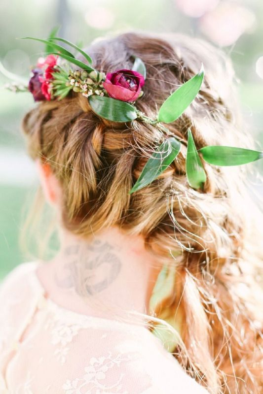 Fall Wedding Hairstyles Dipped In Lace