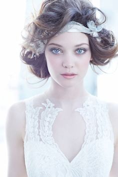 Hair Accessories For The Glamorous Bride 11