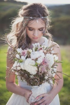 Hair Accessories For The Glamorous Bride 15