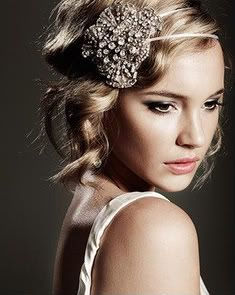 Hair Accessories For The Glamorous Bride 3