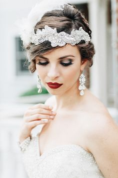 Hair Accessories For The Glamorous Bride