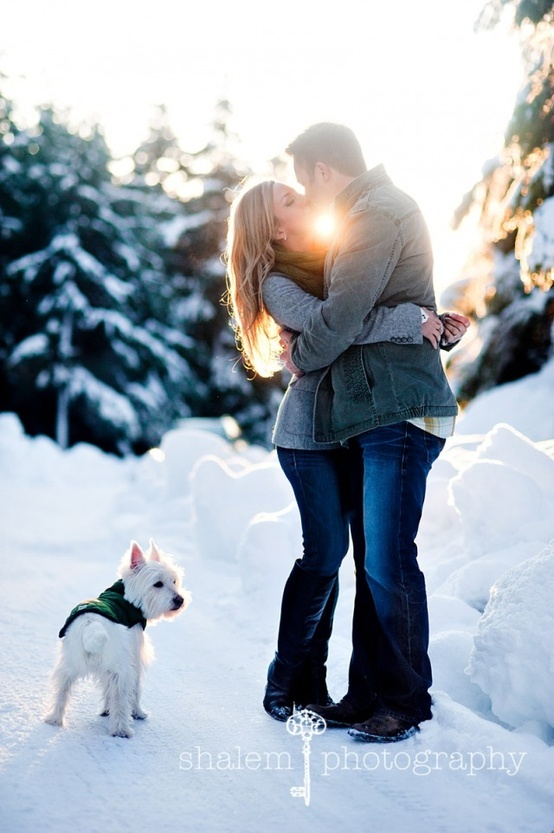 25 Winter Save The Date Ideas 24