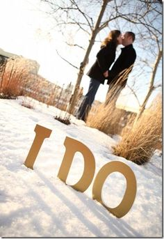 25 Winter Save The Date Ideas 7