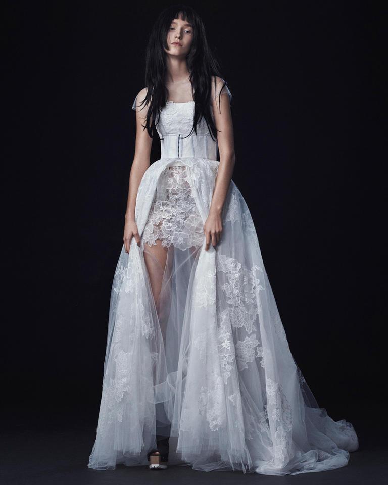 Vera Wang Fall 2016 Wedding Dress Collection 13