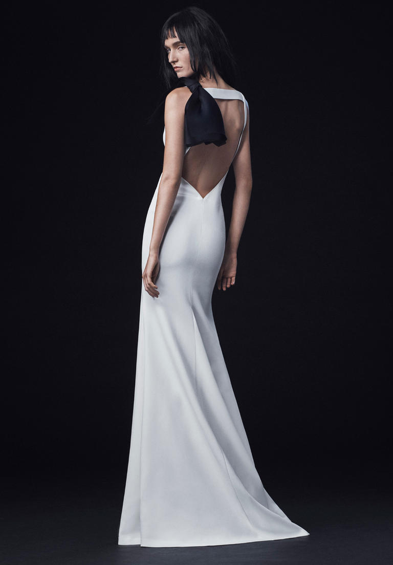 Vera Wang Fall 2016 Wedding Dress Collection 17