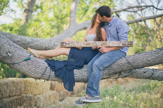20 Spring Save The Date Ideas That Will Prove Love Is In The Air  12