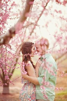 20 Spring Save The Date Ideas That Will Prove Love Is In The Air  4