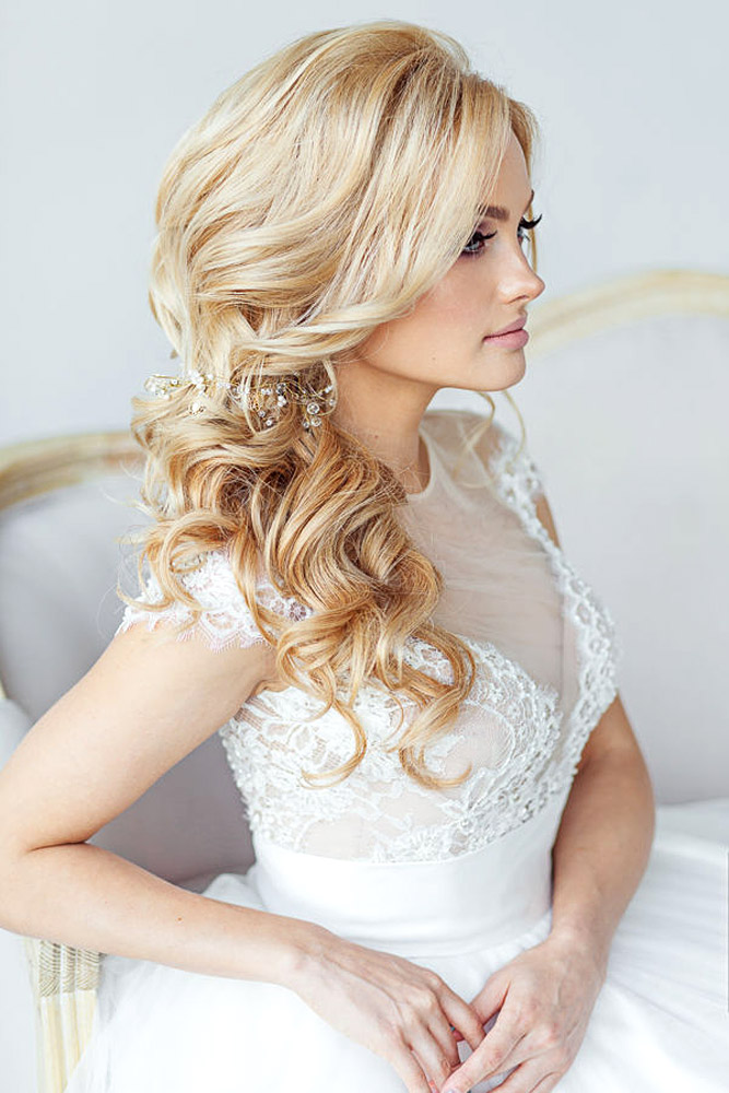 Wedding Hairstyles 2017  Top Hair Ideas for 2017 Brides  Dipped ...