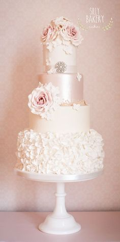 2017-wedding-cake-trends-2