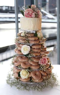 2017-wedding-cake-trends-30